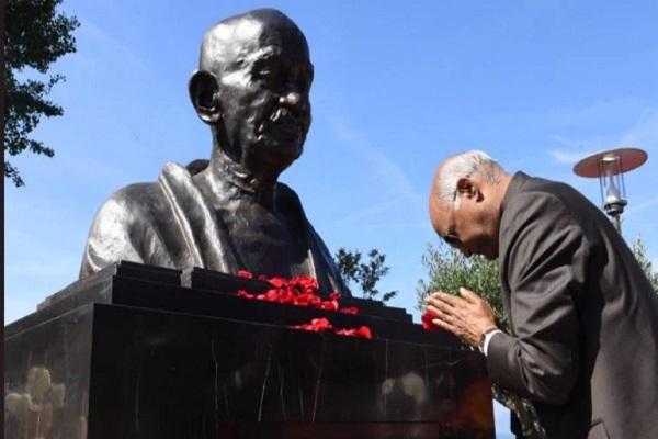 President Kovind Unveils Mahatma Gandhi Statue at Villeneuve, Switzerland