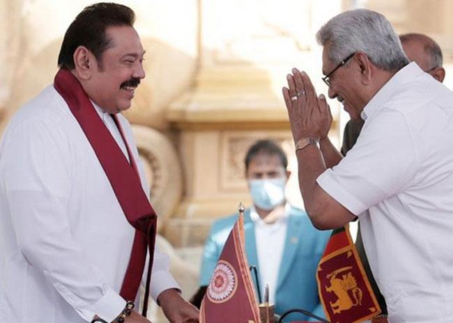 Mahinda Rajapaksa sworn in as Sri Lanka's PM